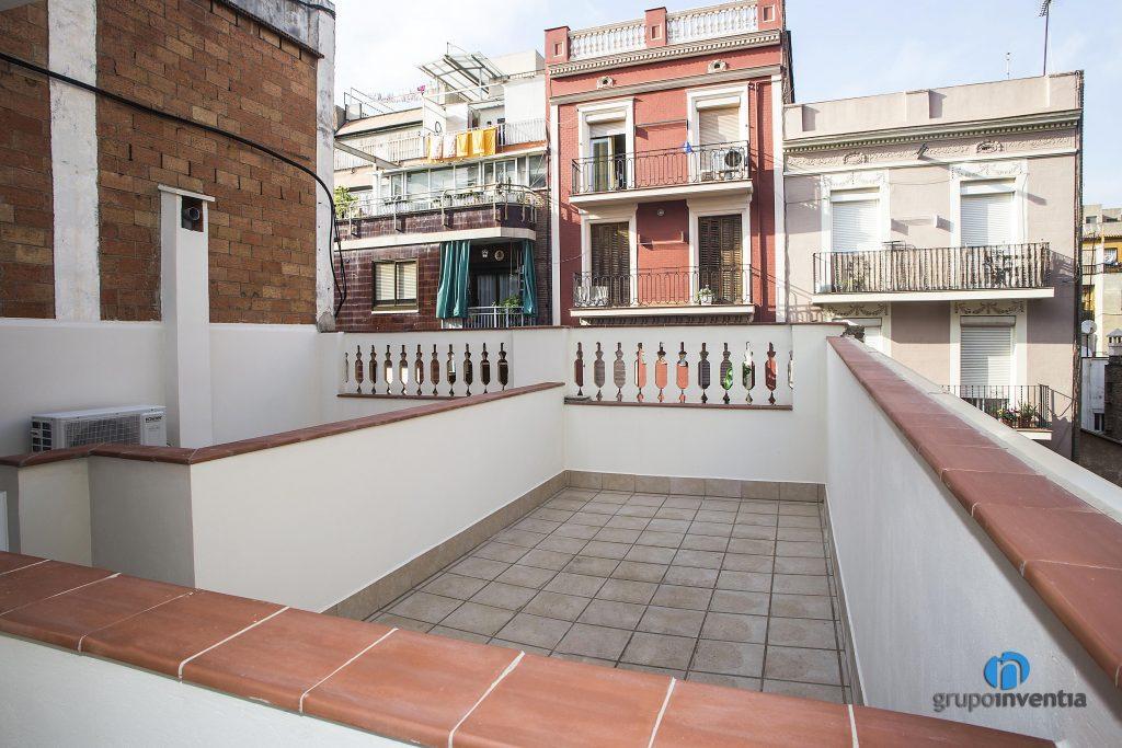 Rehabilitación de terraza en calle Pàvia de Barcelona