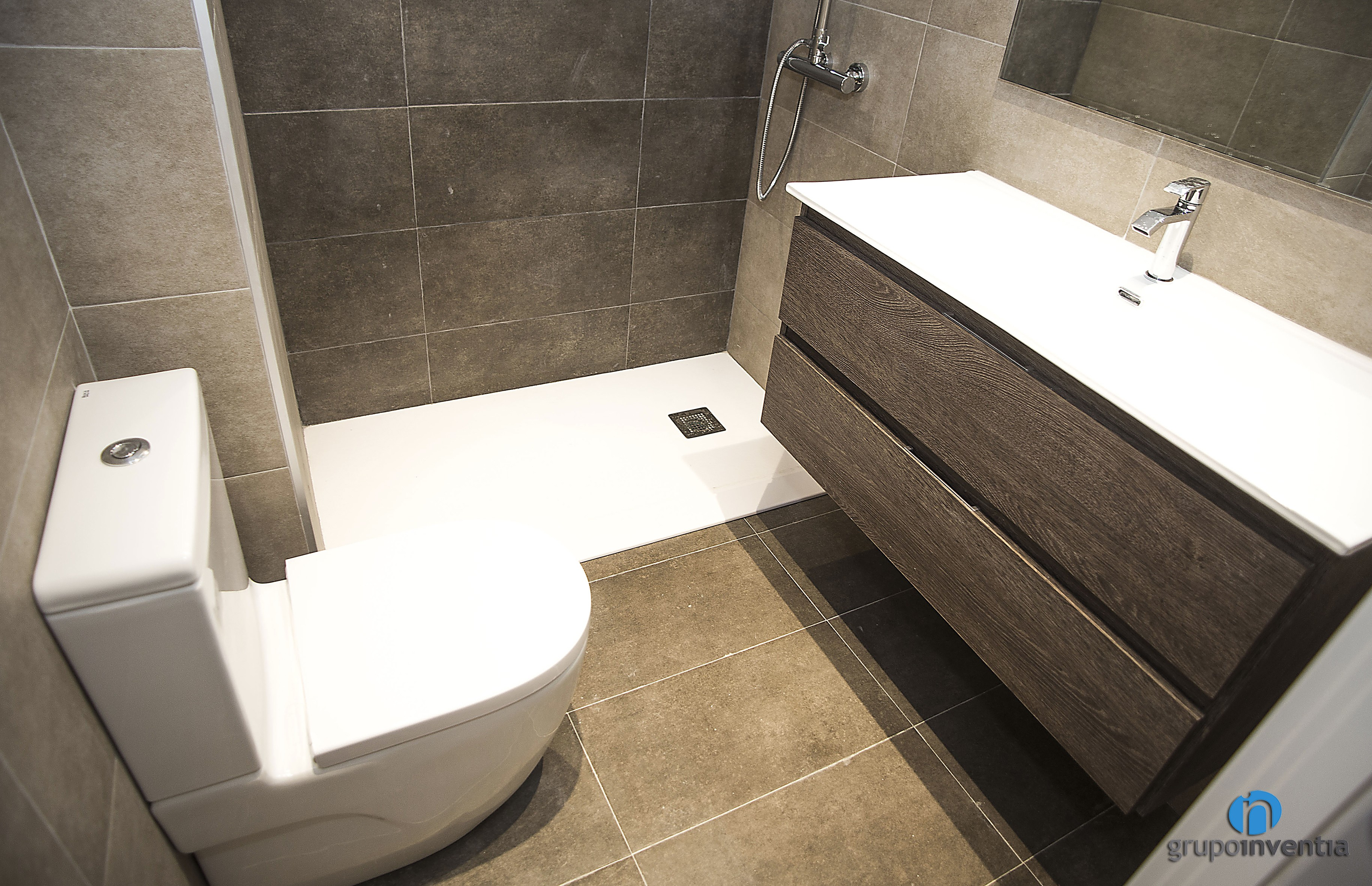 pavimento cuarto de baño Archives - Grupo Inventia