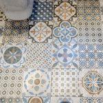 pavimento hidráulico cuarto de baño