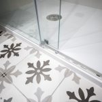 pavimento hidráulico cuarto baño