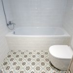 suelo hidráulico cuarto baño
