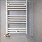 radiador pared baño