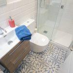 suelo hidraulico baño