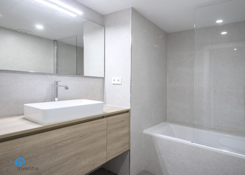 mueble madera baño