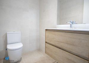 muebles madera baño