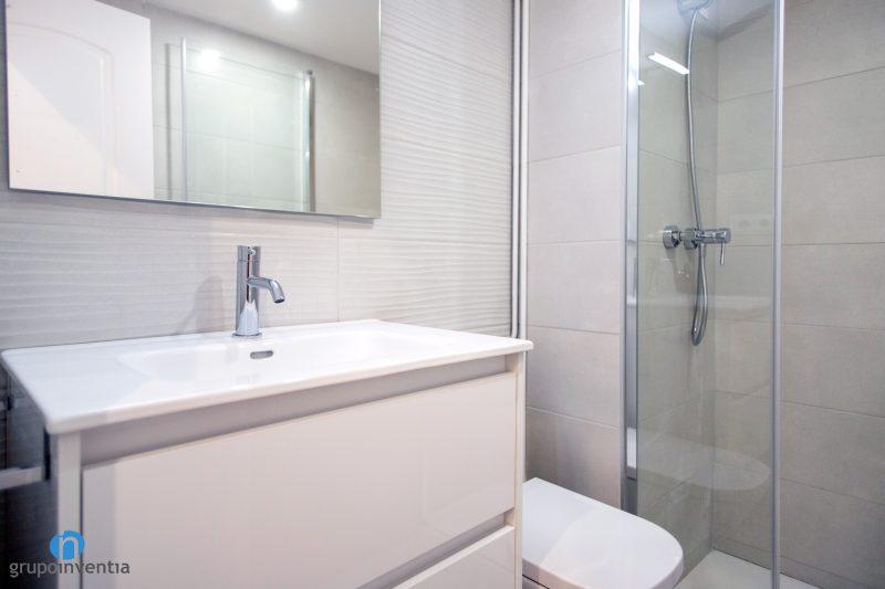 Reforma de baños en Barcelona (1)