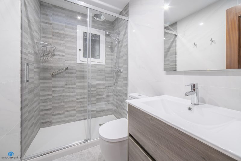 Reforma de baño en Barcelona calle Bolivia (1)