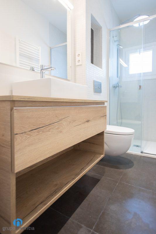 Reforma de baños en Barcelona (3)