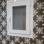 ventana aluminio baño