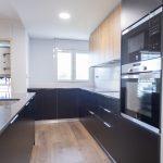 mueble negro cocina