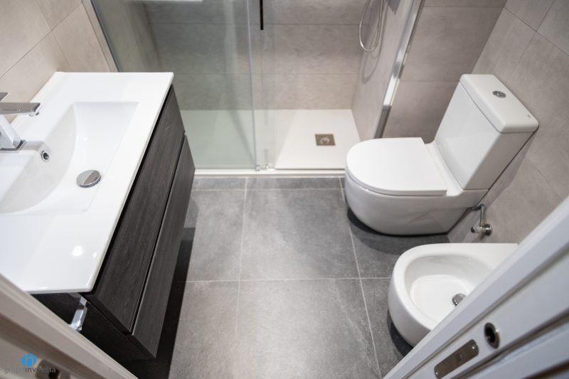 Reforma de baño en Barcelona - Zona Franca (21)