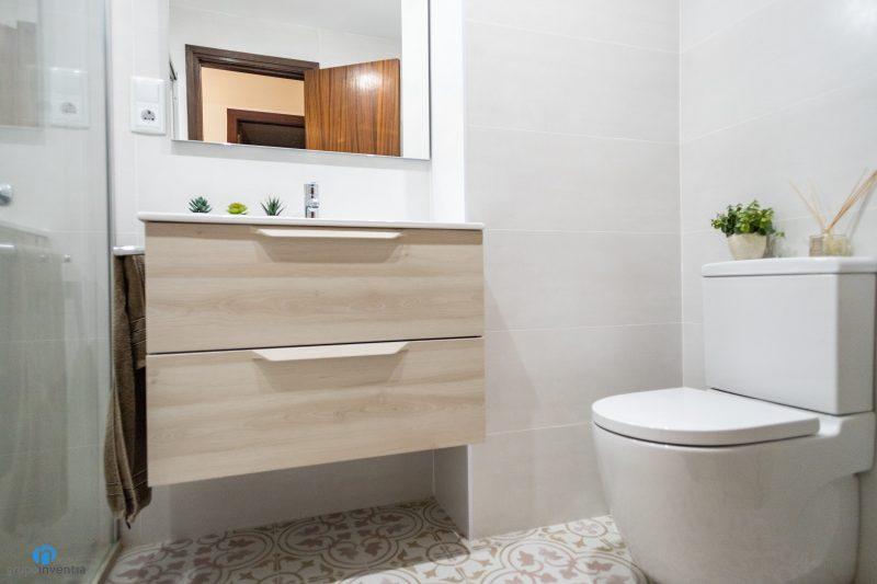 Reforma de baños Barcelona Villarroel (1)